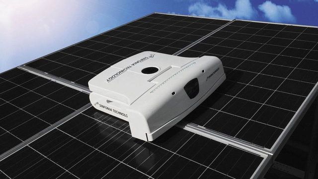 Roomba for Solar Panels